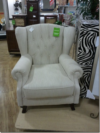 Natural Linen Tufted Chair