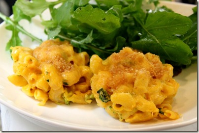 Pumpkin Macaroni and Cheese Cups_1
